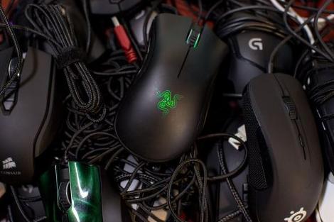 Nên mua chuột chơi game nào?